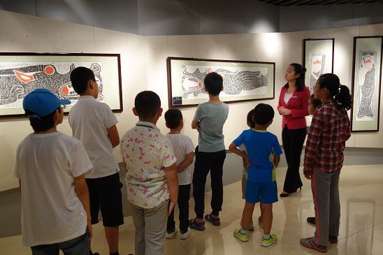 """安阳博物馆举办""""汉石丹青""""手绘刮画活动"""